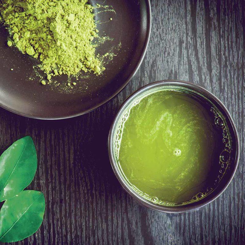 Prezioso tè verde della tradizione giapponese