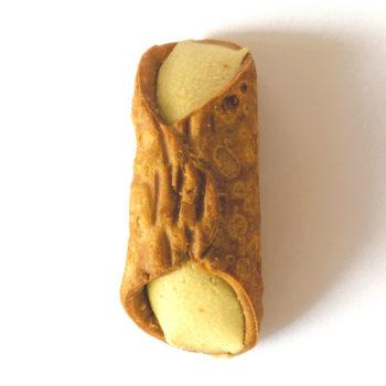 Cannolo-al-pistacchio